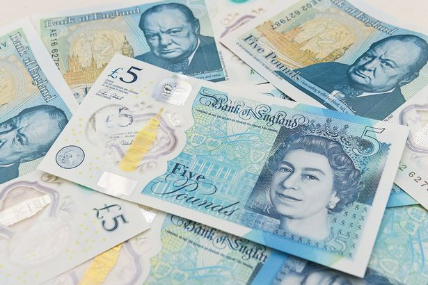 The banks are keeping Animal fat £5 notes